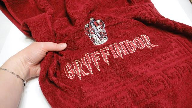 Натуральное полотенце - 100% хлопок. Махровое полотенце на заказ с Гриффиндор эмблемой. Доставка почтой или курьером