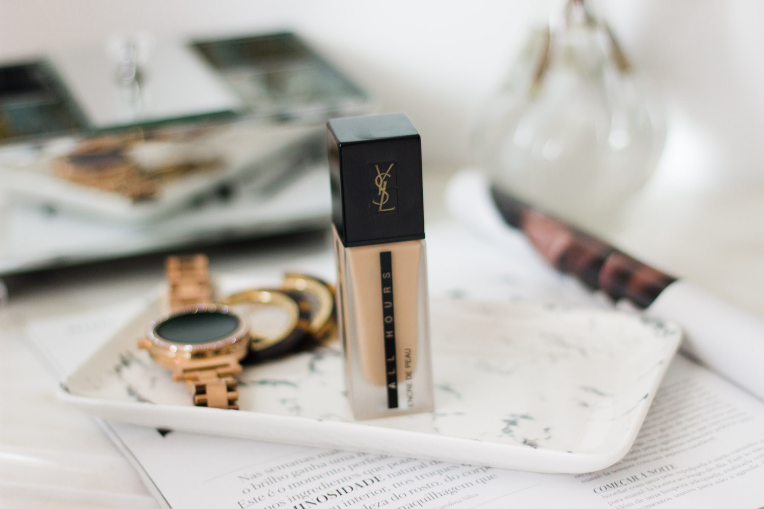 YSL Encré de Peau All Hours