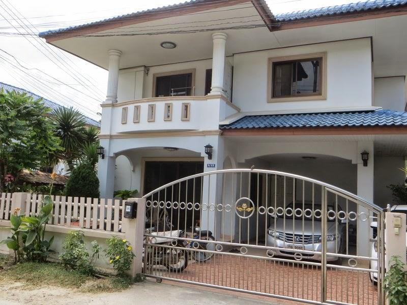 Ворота в большой дом