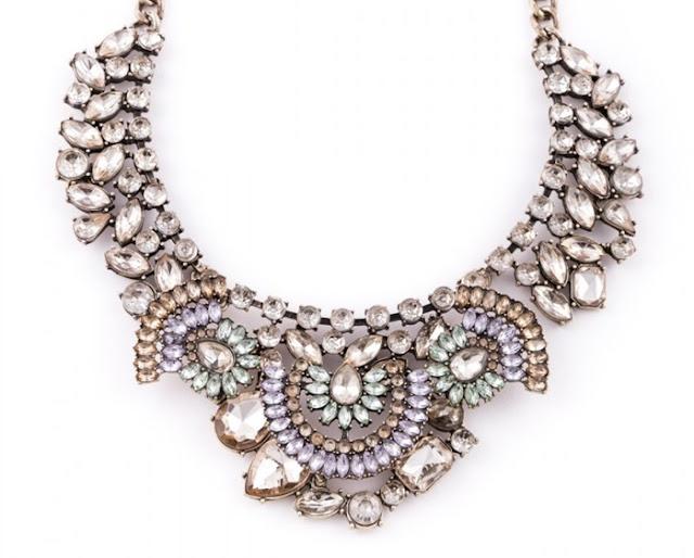 collar-llamativo-tesoro-vintage