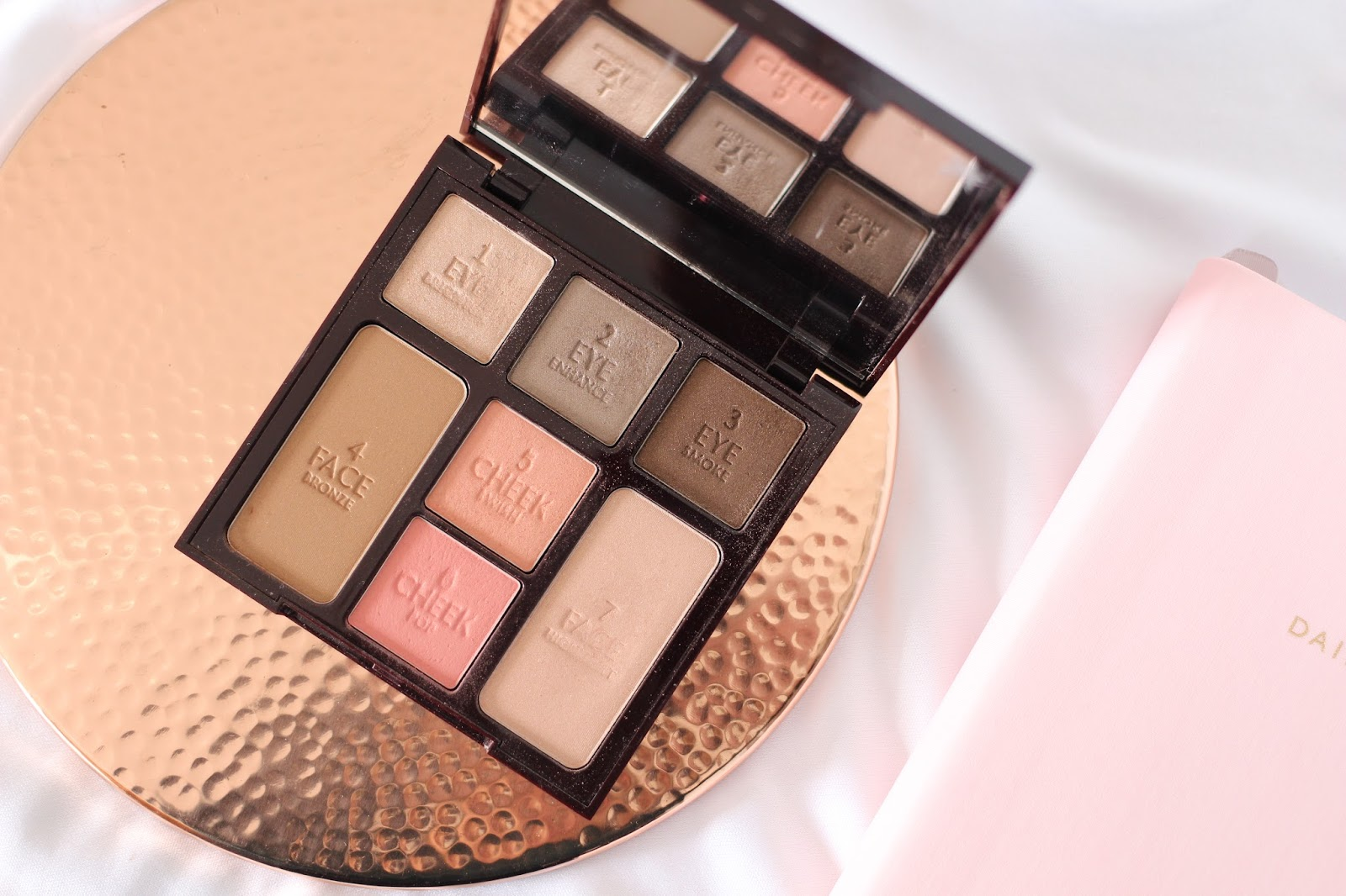 Charlotte Tilbury Instant Look In A Palette 'Seductive Beauty'