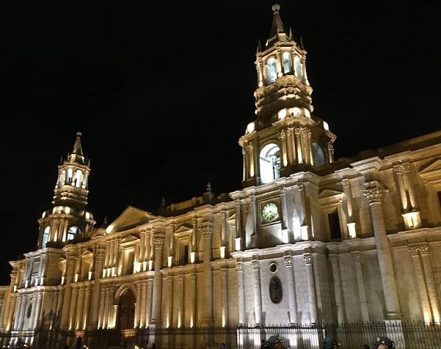 Bascilica Cathedral in Plaza de Armas, Arequipa, Peru