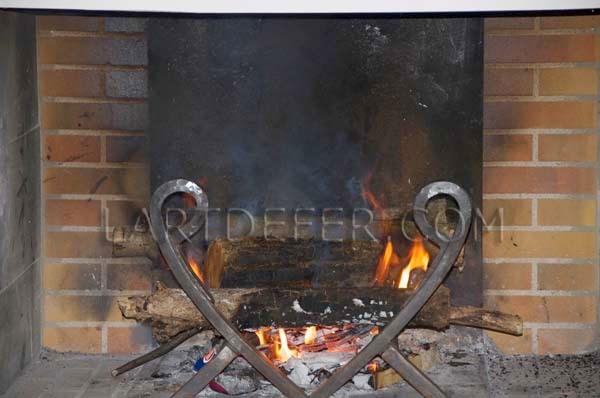 L 39 art de fer c 39 est de saison chenets et serviteurs de chemin e - Chenets de cheminee ...
