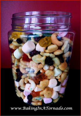 Fruity Lemonade Snack Mix | www.BakingInATornado.com | #recipe #snack