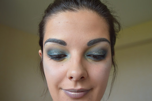 Monday Shadow Challenge : Le Teal !