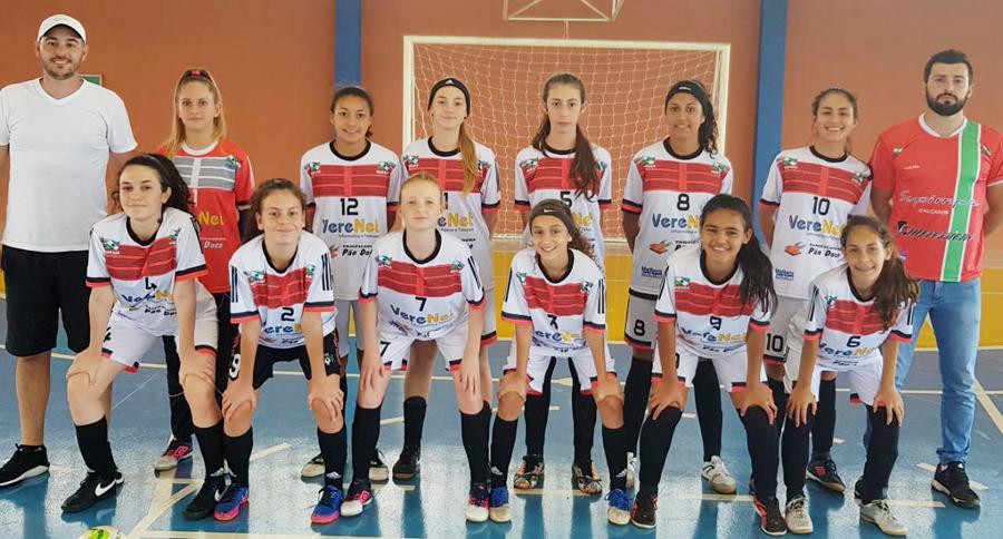 ESPORTE TOTAL  Verê bem no futsal feminino infantil 679c5d5624f05