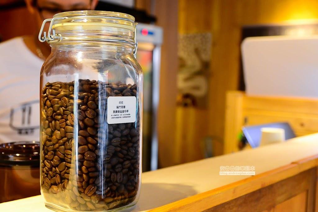 信義區不限時咖啡廳推薦,專業咖啡廳,市府站有插座不限時咖啡館