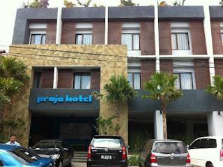 """Lowongan Kerja """" Minimart staff"""" di Praja Hotel Bali"""