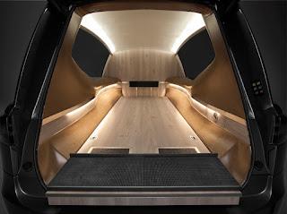 Limousine funéraire Tesla S Mercedes Benz