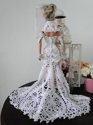 Barbie por Pecunia MM vestido de noiva de crochet costas