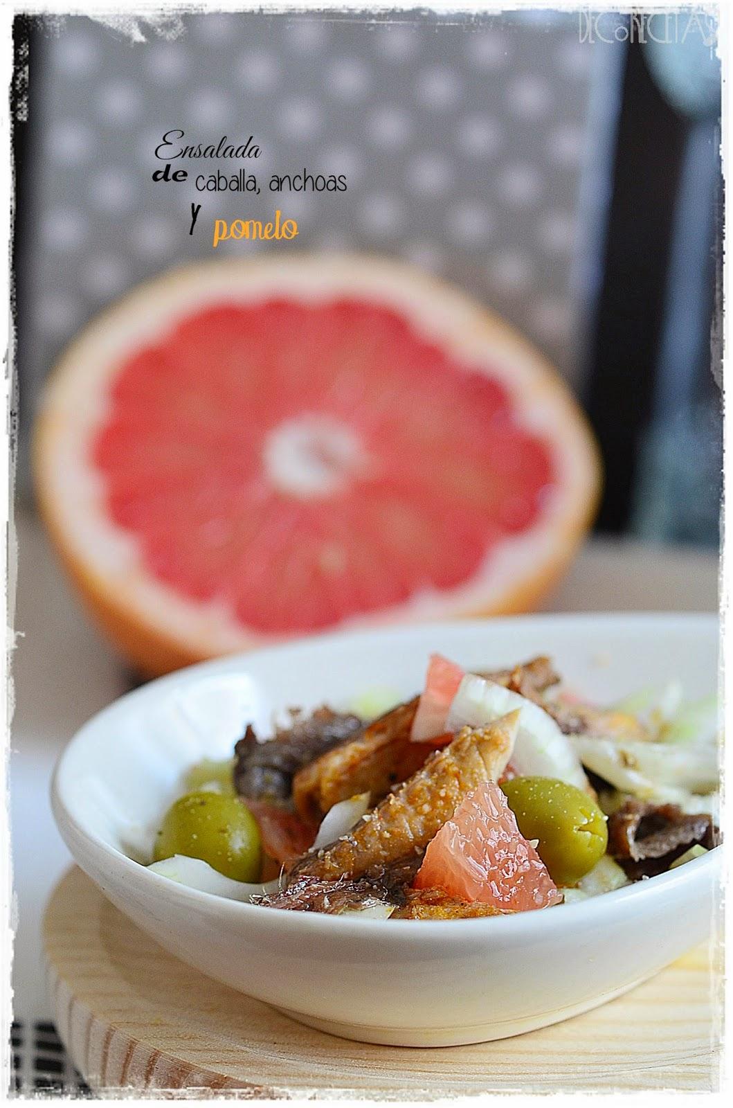 Ensalada de caballa, anchoa y pomelo