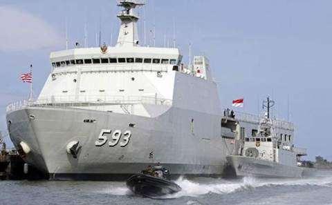 Gambar Kapal perang KRI Banda Aceh Asli buatan dan milik Indonesia