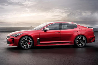 Kia Stinger (2018) Side