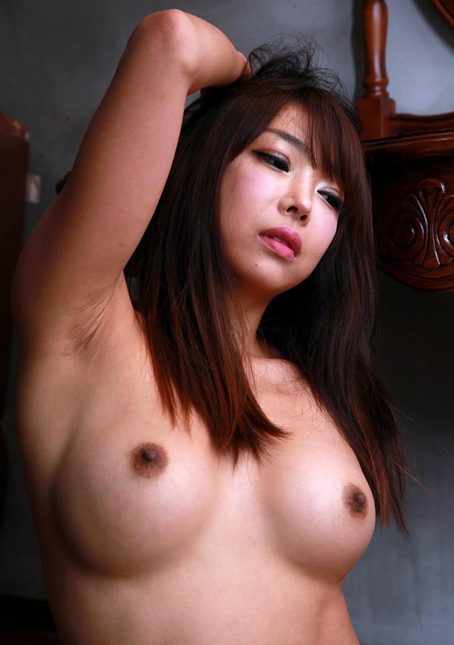 naked-photo-of-korean-model