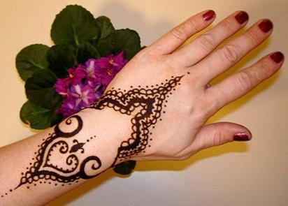Motif Henna Sederhana Yang Popular Cara Merias Pengantin Berhijab