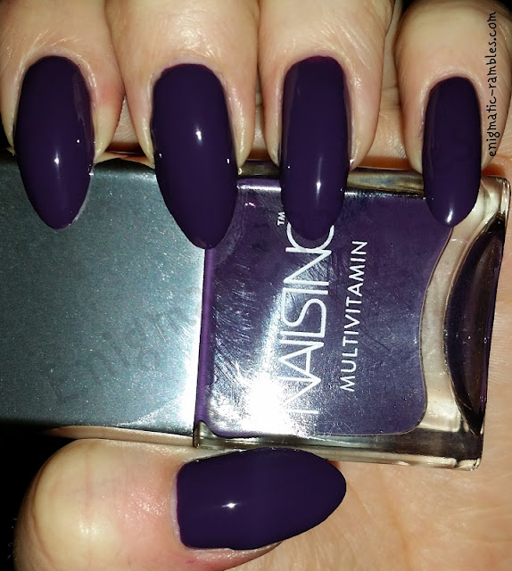 Swatch-Nails-Inc-Clarence-Avenue
