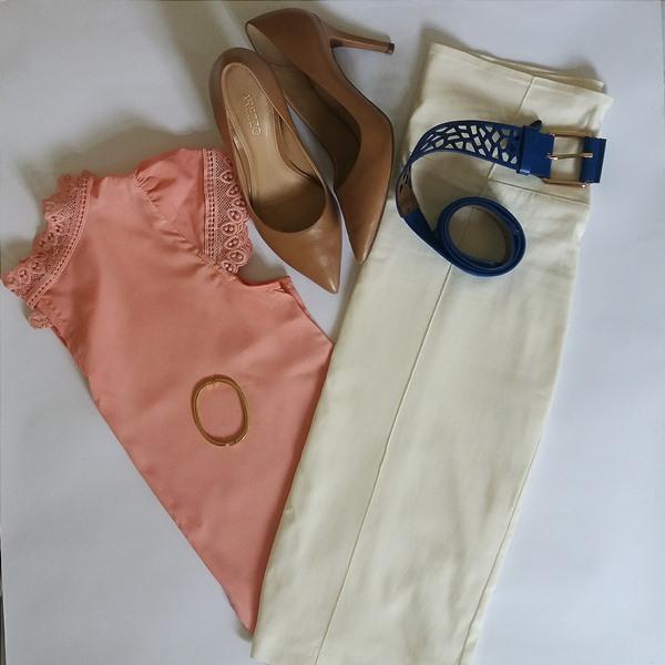 Look do dia: Saia, blusa e acessórios