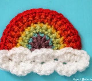 http://translate.googleusercontent.com/translate_c?depth=1&hl=es&rurl=translate.google.es&sl=en&tl=es&u=http://www.repeatcrafterme.com/2014/06/crochet-rainbow-applique.html&usg=ALkJrhg6RnaKusqurukDuW44MQzSaHSB3w