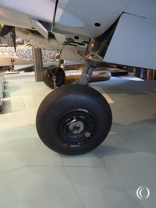 Retractable landing gear of the Messerschmitt Bf 110