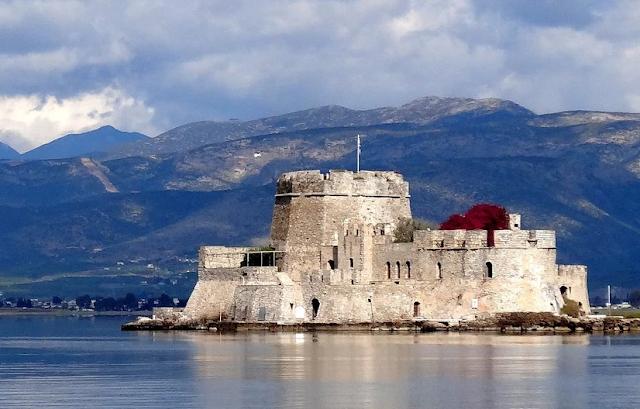 Αφιερωμένο στο Ναύπλιο το επόμενο επεισόδιο της νέας εκπομπής του OTE TV «Ελλάδα από το Α ως το Ω»