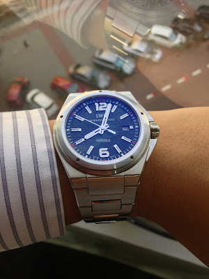 http://westernwatch.blogspot.com/2013/10/iwc-ingenieur-reference-iw3236.html