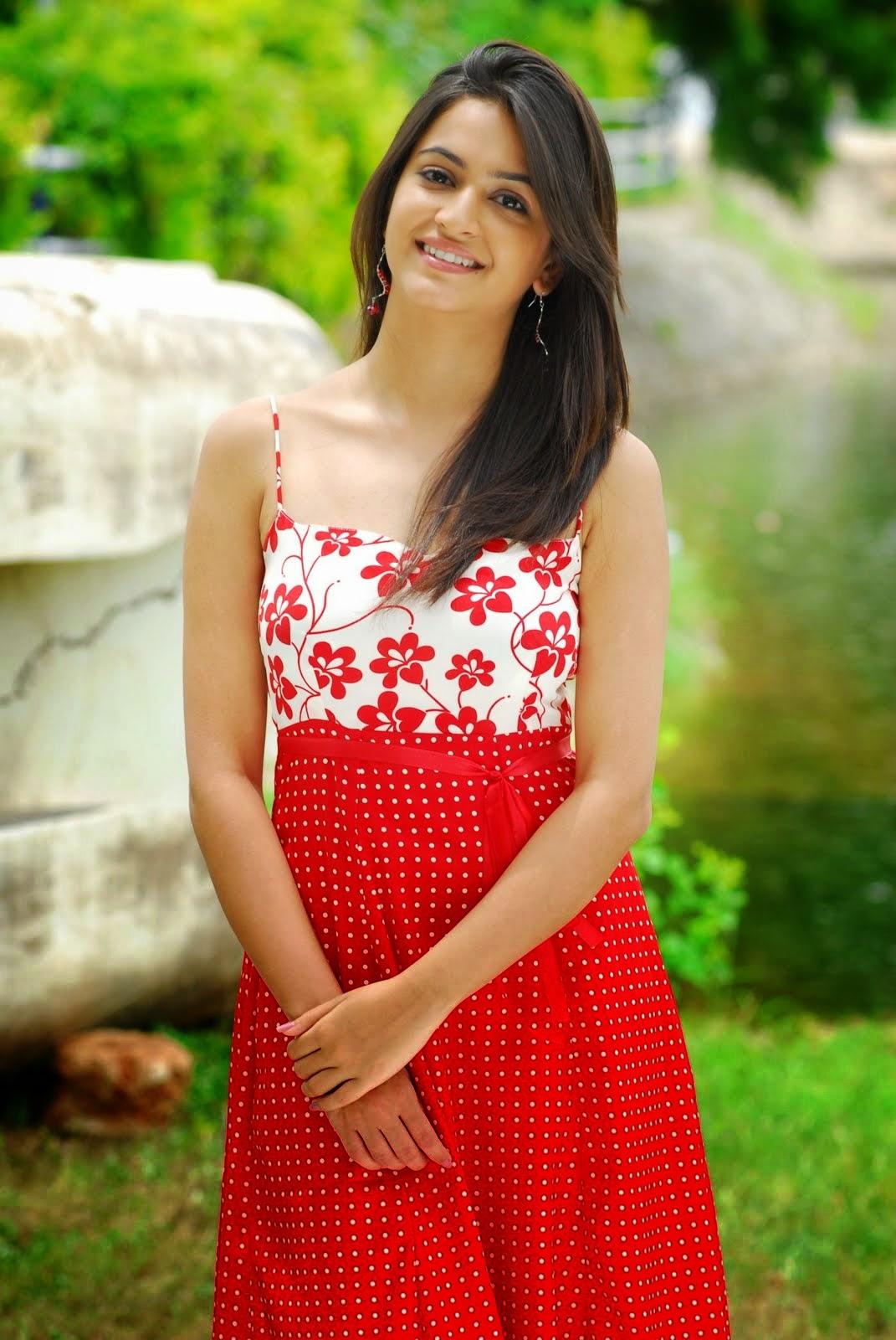 Actress Kriti Kharbanda Charming Photos