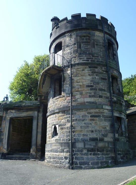 Torre de vigilancia en un cementerio de Edimburgo