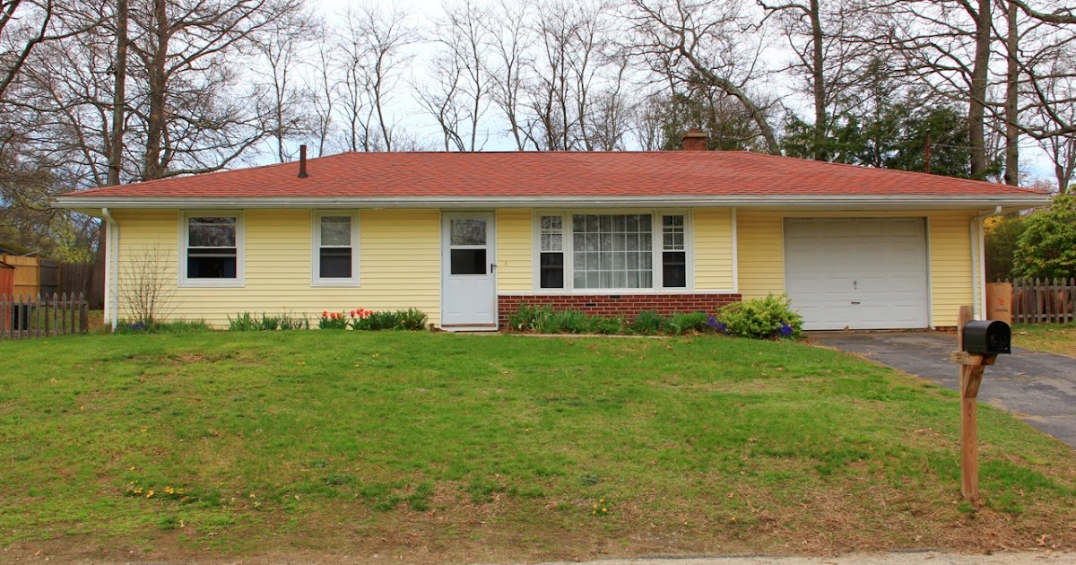 Franklin Living Just Listed 3 Bedroom 1 Bath Ranch In