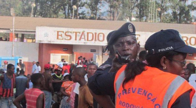 في حادث مأساوي.. وفاة 17 مشجعا أثناء التدافع في الدوري الأنجولي