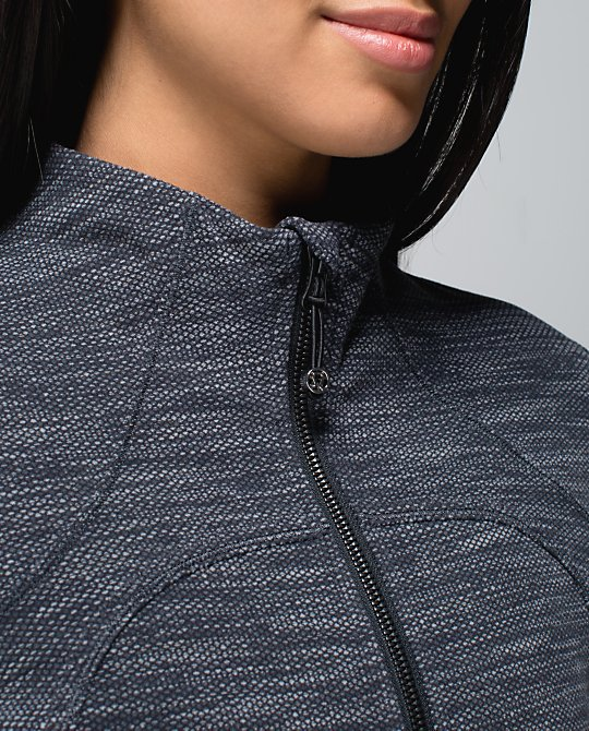 lululemon black deep coal forme jacket