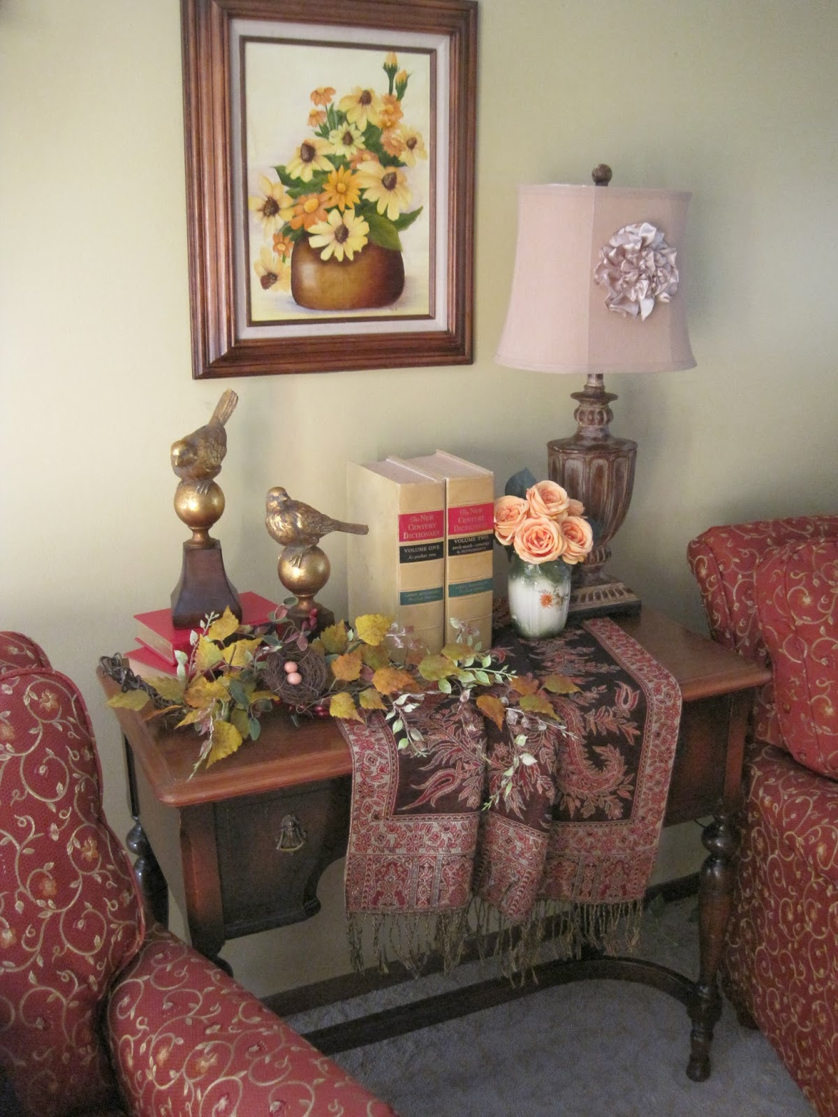 Autumn Living Room Decorating: On Crooked Creektt: Warm Autumnal Welcome
