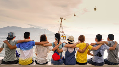 viajar al extranjero con amigos