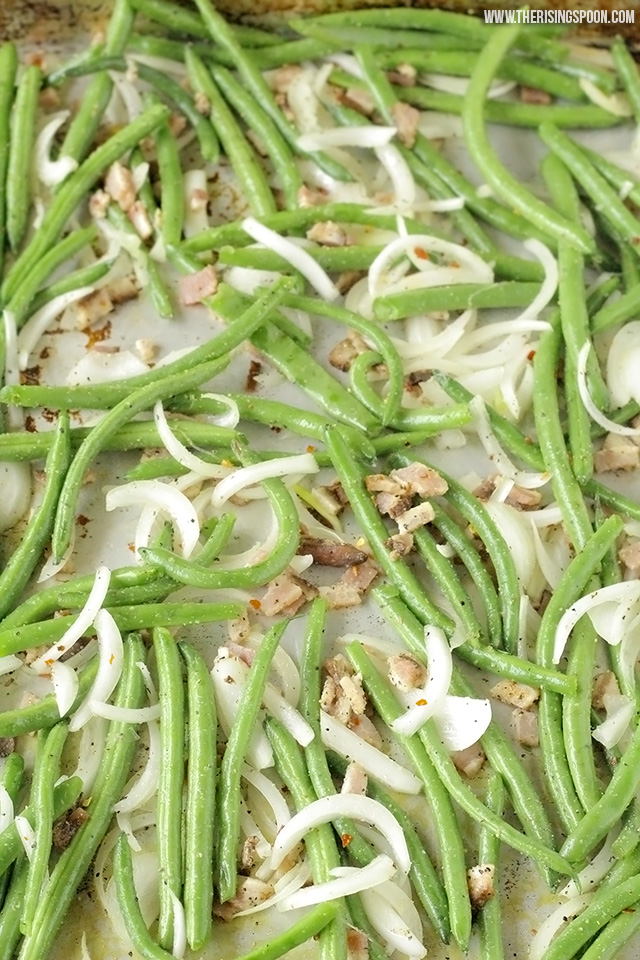 Easy Roasted Green Beans Recipe with Bacon & Onion