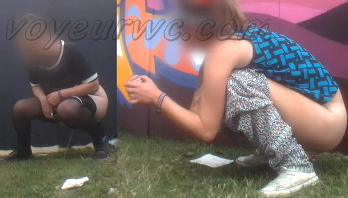 Rock Festival Piss 2015_150 (Urgent Piss at Rock Concert Voyeur)