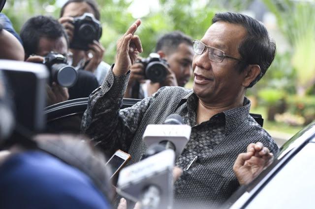 Kutip Pernyataan Ustadz Somad, Ini Kata Mahfud MD soal Pelarangan Sebutan Kafir