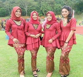 Baju Seragam Kebaya Keluarga Untuk Pesta Pernikahan
