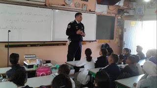 ولاية الأمن بأكادير تنظم حملة تحسيسية حول العنف المدرسي بمدرسة الأطلس ايت الموذن