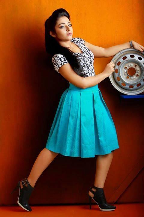 Rajisha Vijayan Hot Thighs Photos