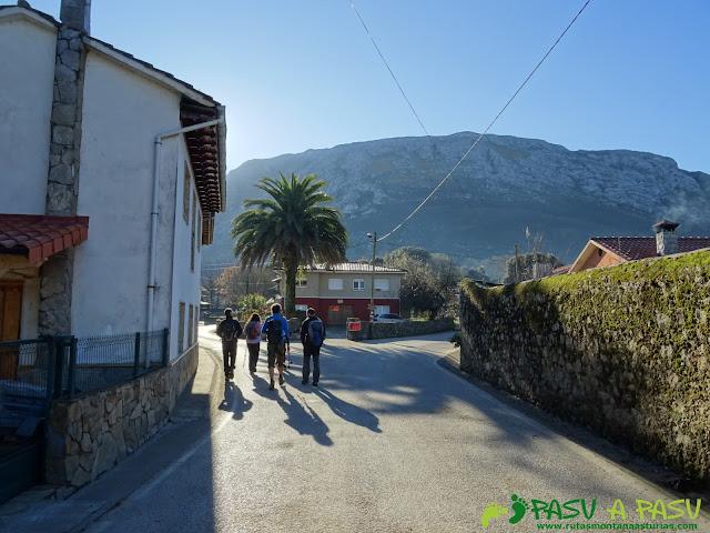 Ruta Cerro de Llabres: Atravesando Lledías