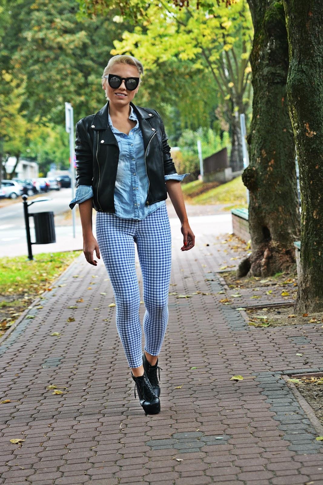 niebieskie_spodnie_ramoneska_czarna_kocie_okulary_1123