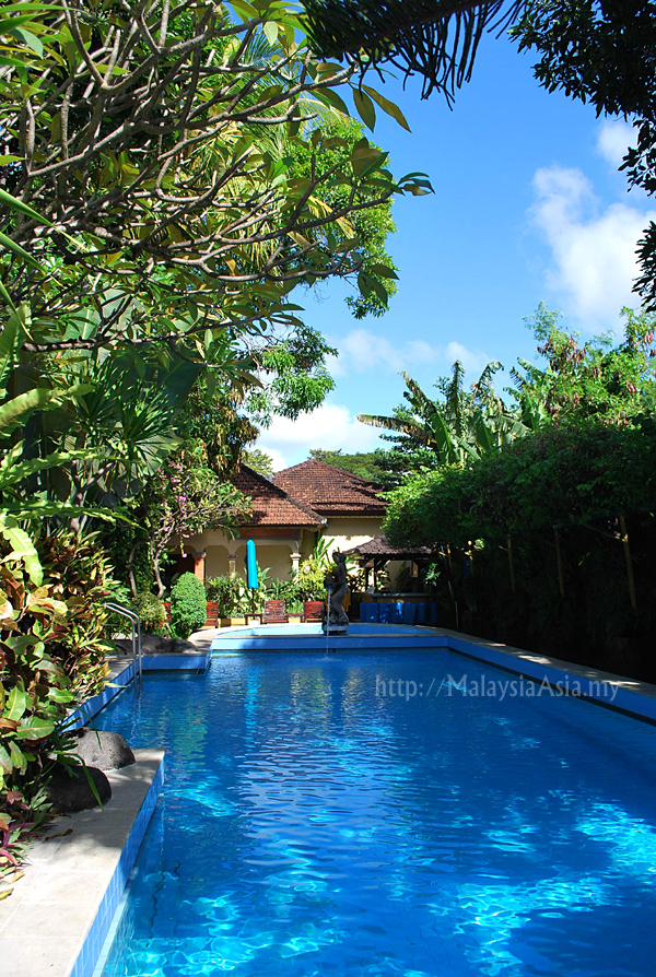 Pool at Holiday Villa Bali Diwangkara