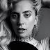 """Lady Gaga quebra o silêncio sobre R. Kelly e decide banir """"Do What U Want"""" do próprio catálogo"""