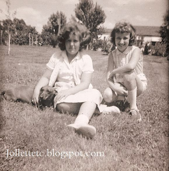 Wendy and Bobbie 1960 http://jollettetc.blogspot.com