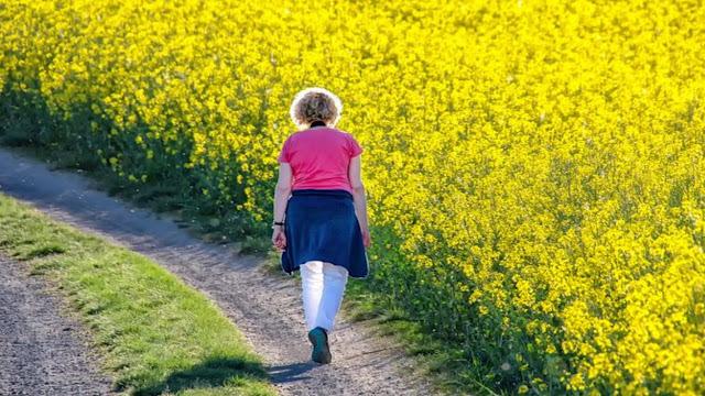 Cara Move On Paling Jitu Agar Tidak Terjerembab Sakit Hati