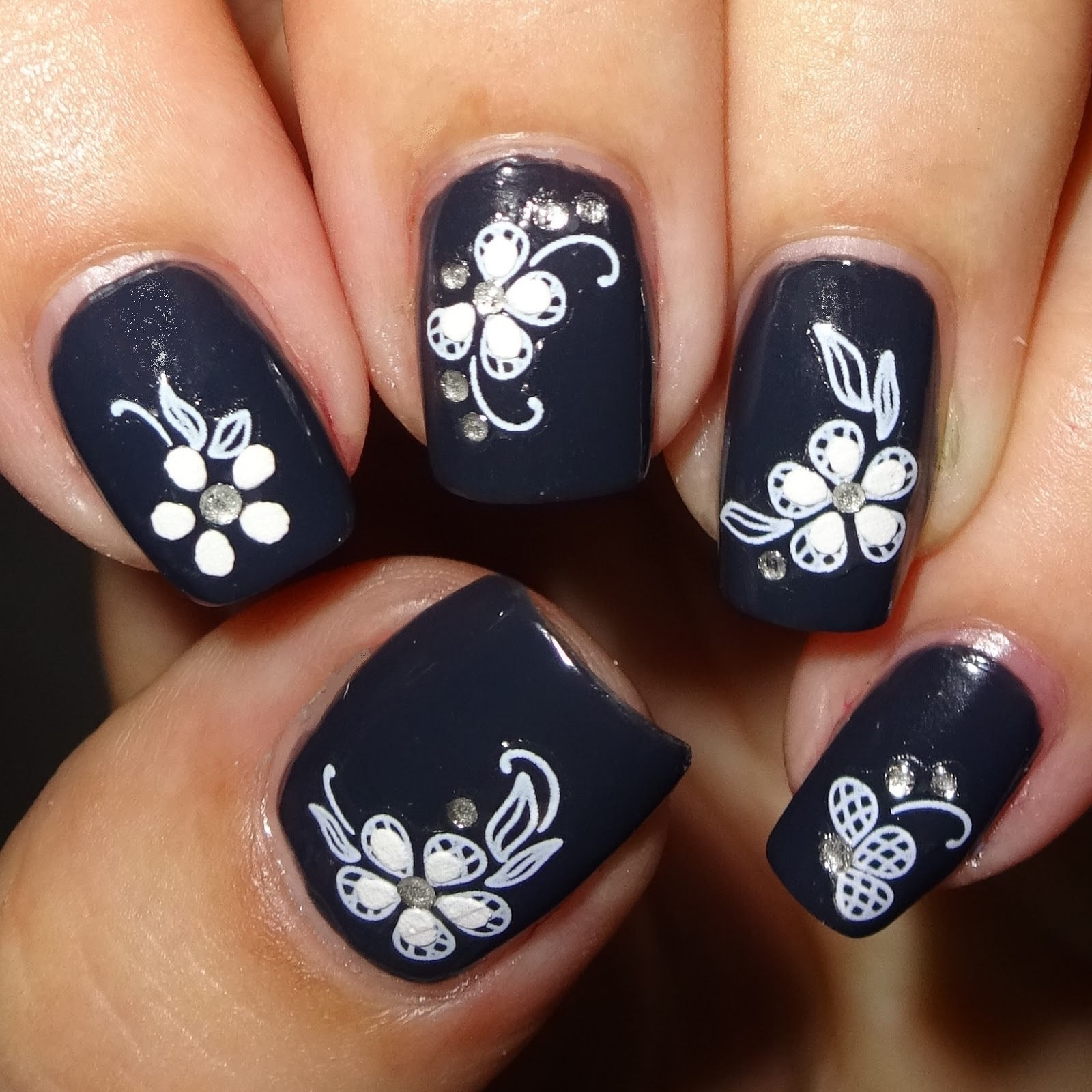 Wendy\'s Delights: White Flower Nail Stickers from Nail Art UK