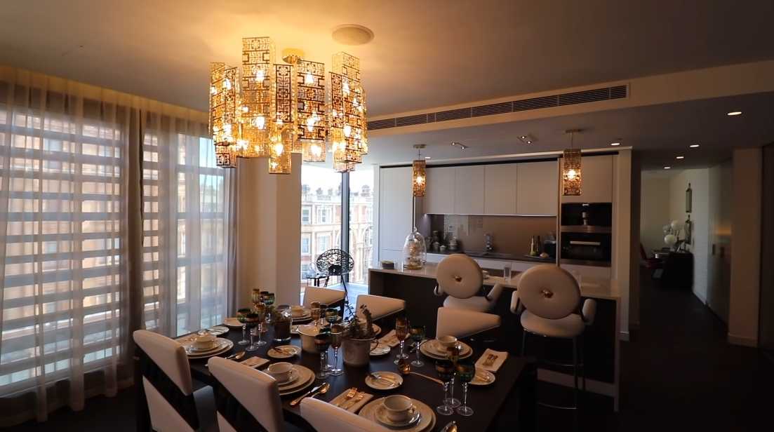 17 Interior Design Photos vs. DAMAC Tower Nine Elms London By Versace Luxury Condo Tour