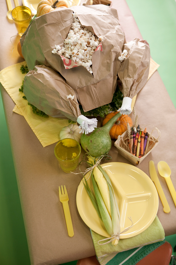 They often end up at a kidu0027s table and these ideas can help serve as a snack and activity center for the little ones while you slave away in the kitchen. & Kidsu0027 Thanksgiving Table Ideas - Darling Darleen | A Lifestyle ...