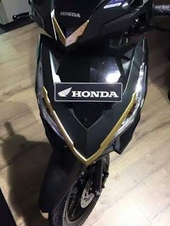 Variasi Chrome Gold Vario 125 ESP CBS Plus 2018 Anisa Naga Mas Motor Klaten Dealer Asli Resmi Astra Honda Motor Klaten Boyolali Solo Jogja Wonogiri Sragen Karanganyar Magelang Jawa Tengah.