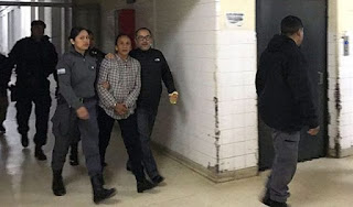 Luego de varias negativas, finalmente la dirigente piquetera accedió a realizarse los análisis. Ingresó cerca de las 7 al Hospital Pablo Soria custodiada por personal del Servicio Penitenciario