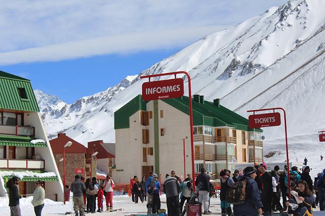 Estação de esqui Los Penitentes na Argentina
